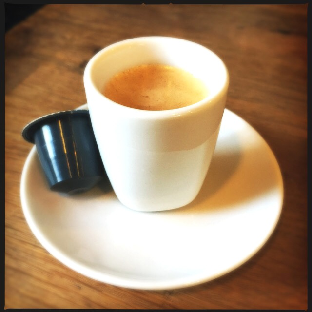 Rosso Caffe's Intelligente capsule and espresso cup
