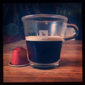 Envivo Lungo Nespresso capsule and cup