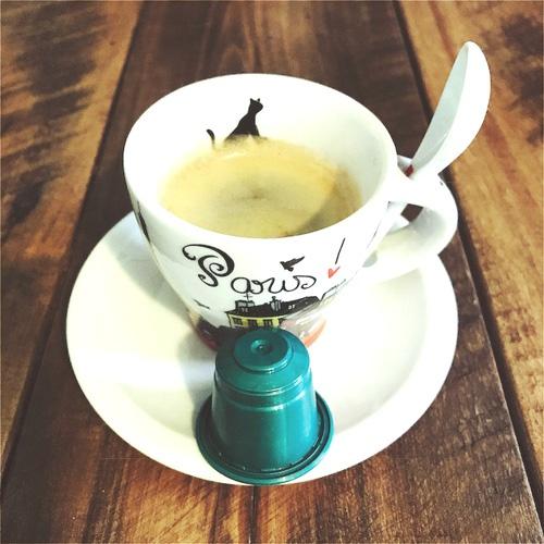 Cafe Joe's Chiari review: capsule & coffee cup